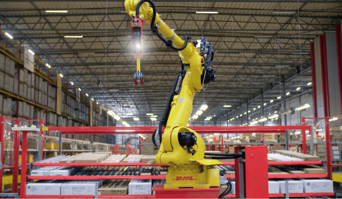 Zivid 3D camera on Yaskawa robot for DHL warehouse automation