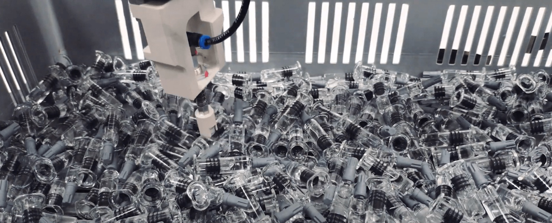 3D material handling assembly picking Zivid