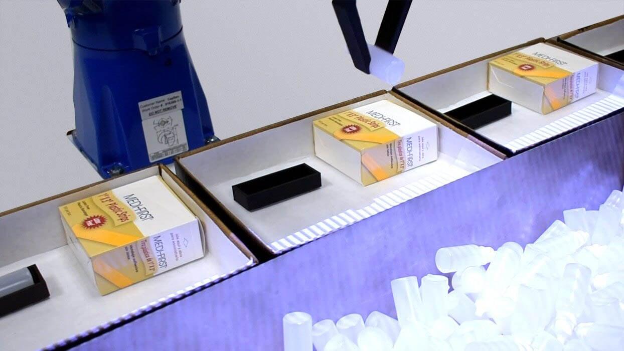 Yaskawa Motoman picks bottles using 3D vision for medical with CapSen Pick